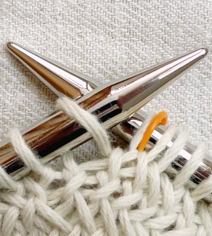 big-herringbone-cowl-9