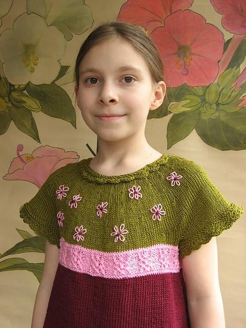 strikket pigekjole opskrift